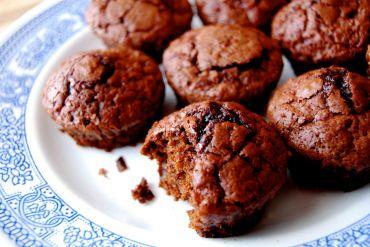chocolate beet brownie bites