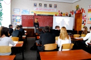 11th form observed lesson on 'to eat meat or not to eat meat'. it went really well.
