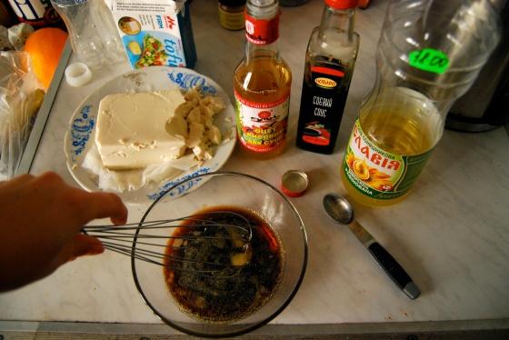 makin some sauce